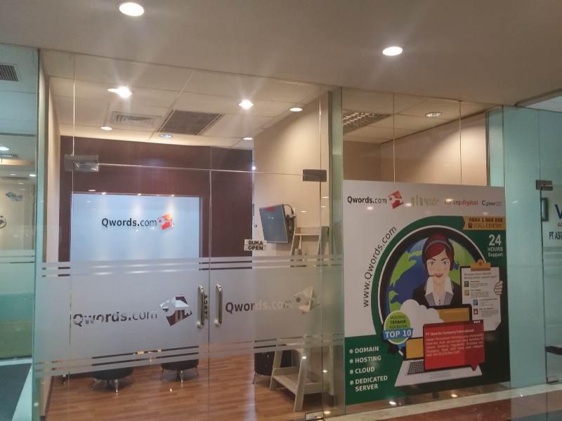 Kantor Qwords Surabaya Gedung Intiland #10B